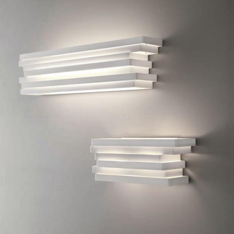 Lampada a parete Escape Fluo realizzata in alluminio verniciato bianco