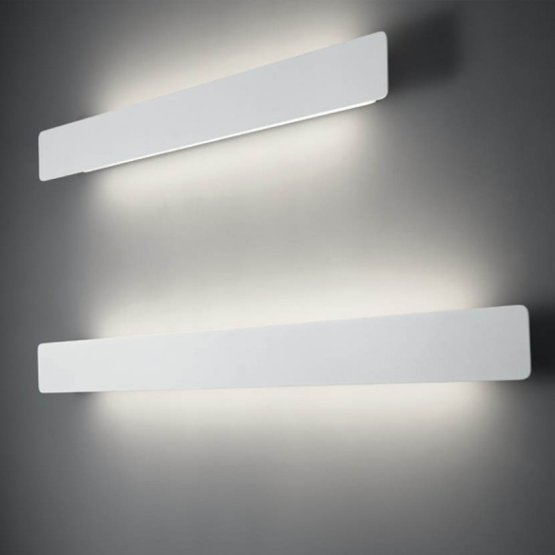 Lampada a parete Line in alluminio e acrilico bianco