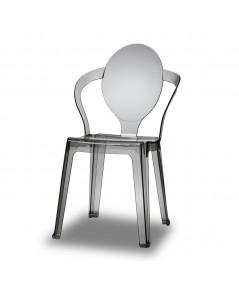 Sedia Spoon con struttura in policarbonato fumè e un'impilabilità infinita