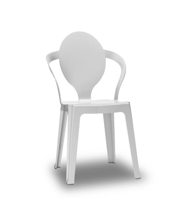 Sedia Spoon con struttura in policarbonato bianco e un'impilabilità infinita