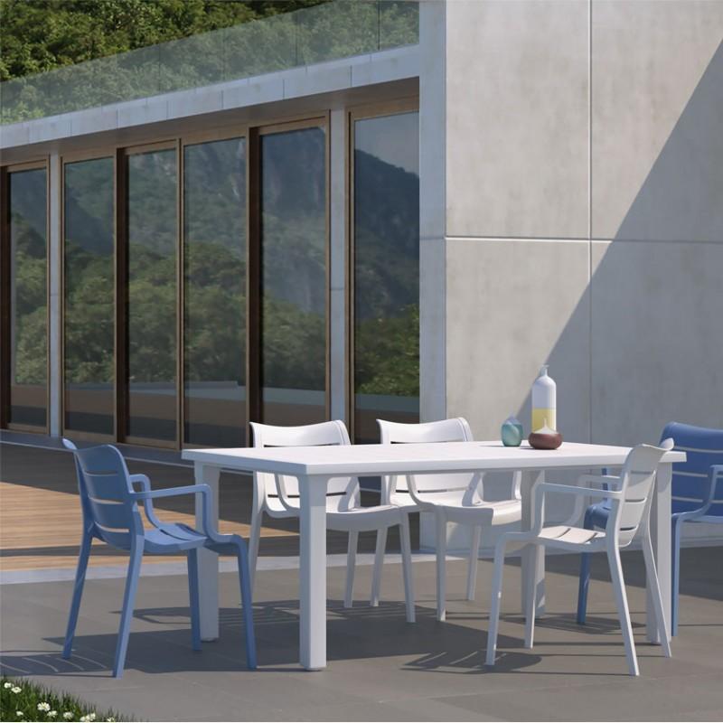 Tavolo Ercole color Lino e sedie Sunset color lino e azzurro da Esterno