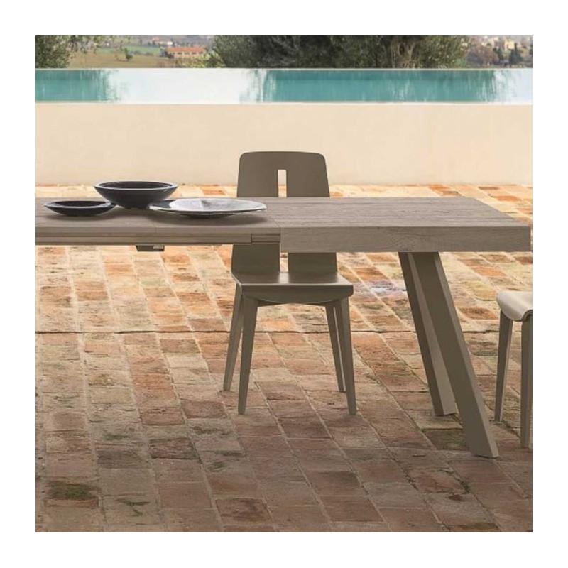 Tavolo allungabile Denver di friulsedie con piano in tavolato bianco e gambe in metallo corda