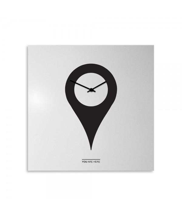 YouAreHere orologio da parete bianco  e nero serigrafato a mano