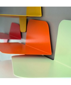 Mensola Flap 420 in metallo colorato particolare