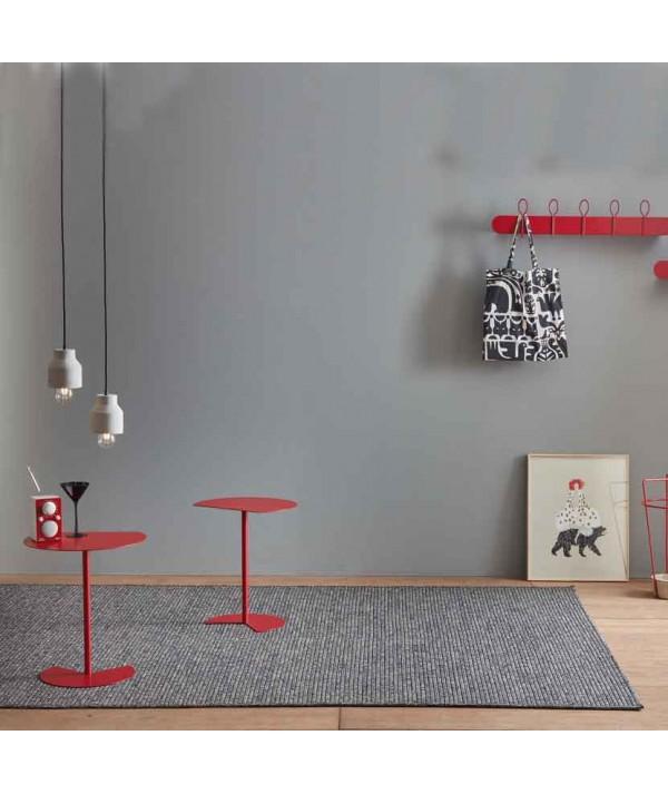 Tavolino Way Sofa in metallo rosso con piano con taglio netto