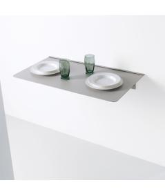 mensola tavolo richiudibile in alluminio di pezzani ambientata
