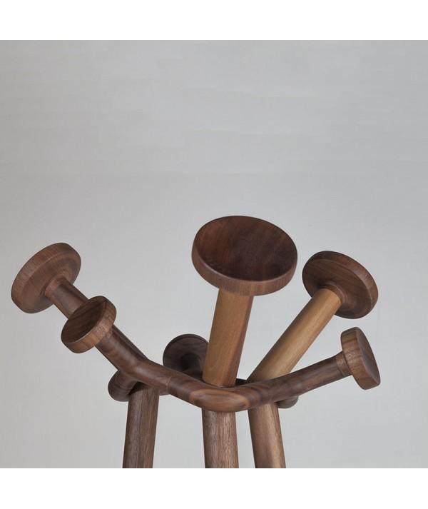 Appendiabiti in legno massello in noce di caon arreda particolare appendini