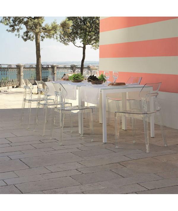 sedia aria di bontempi casa in polipropilene trasparente ambientato