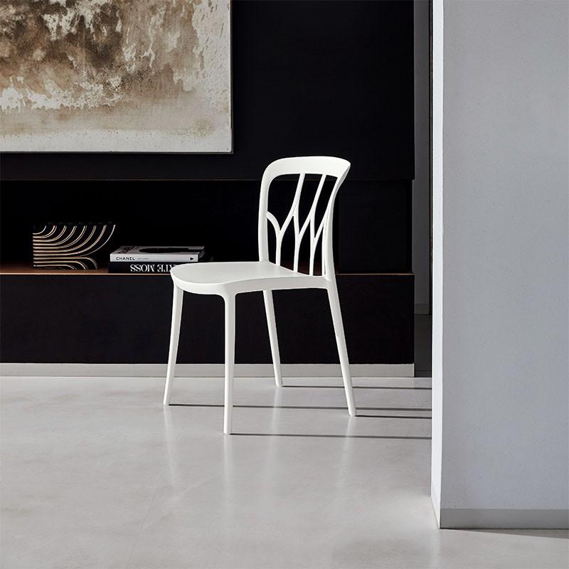 sedia galaxy di bontempi casa in polipropilene colorato e fibra di vetro riciclabile bianca