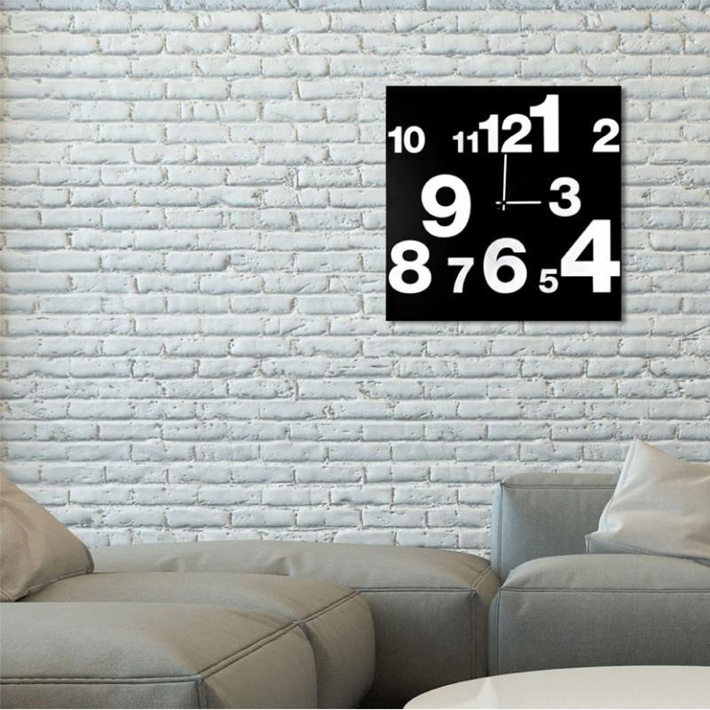 Orologio da parete Numbers realizzato su lamiera di metallo nero serigrafata a mano