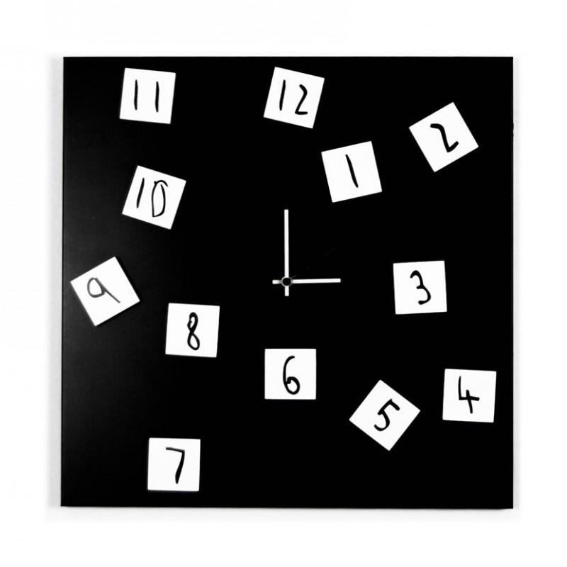 Changing Clock orologio in metallo nero con numeri magnetici spostabili