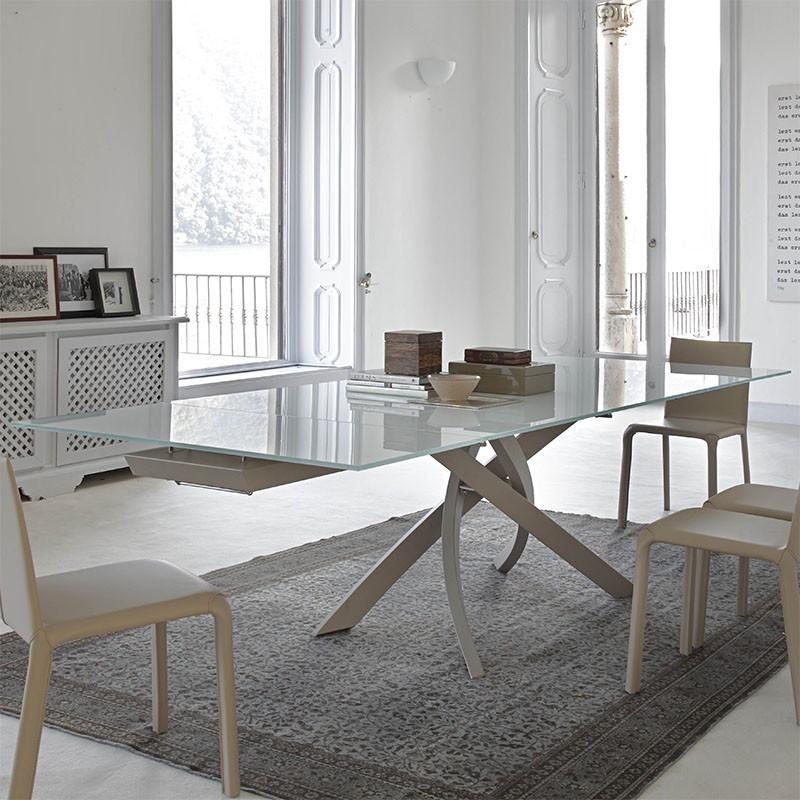 tavolo allungabile artistico in acciaio e cristallo laccato grigio chiaro