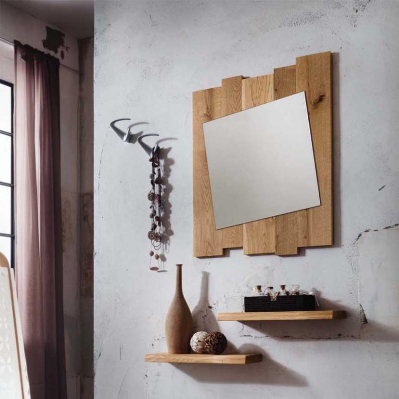 Composizione per ingresso in legno di rovere con appendiabiti e specchiera Zoe ambientata