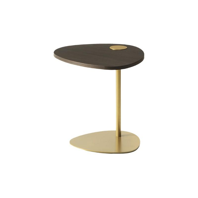 Tavolino Hugcon struttura in metallo oro e piano in legno rovere fumè