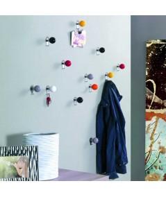 Appendiabiti da parete Carambola in metallo colorato ambientato