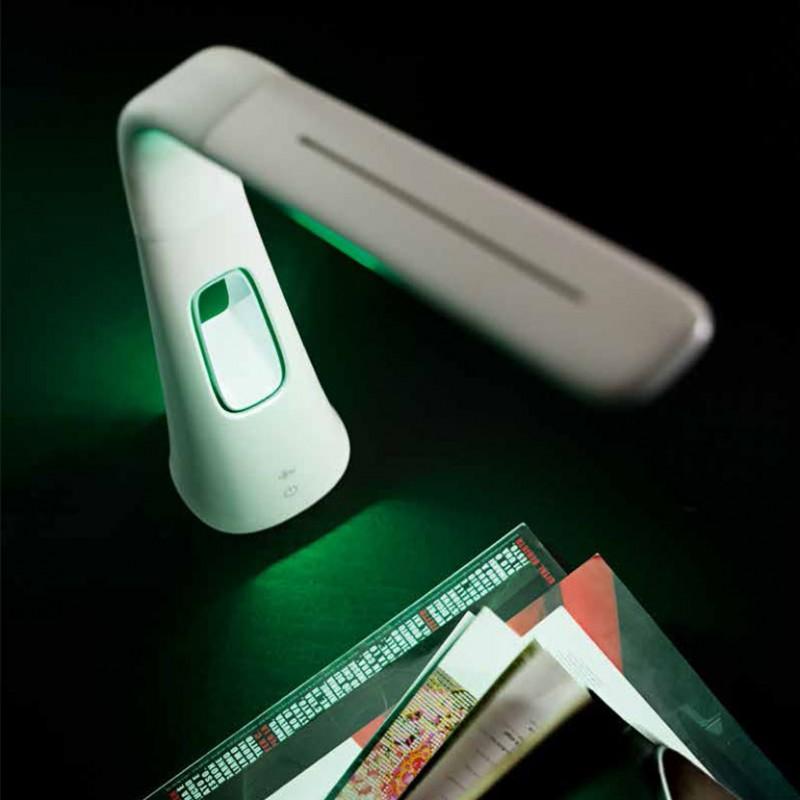 Lampada a led da tavolo Flex con ventilatore integrato, a tre velocità di colore bianco